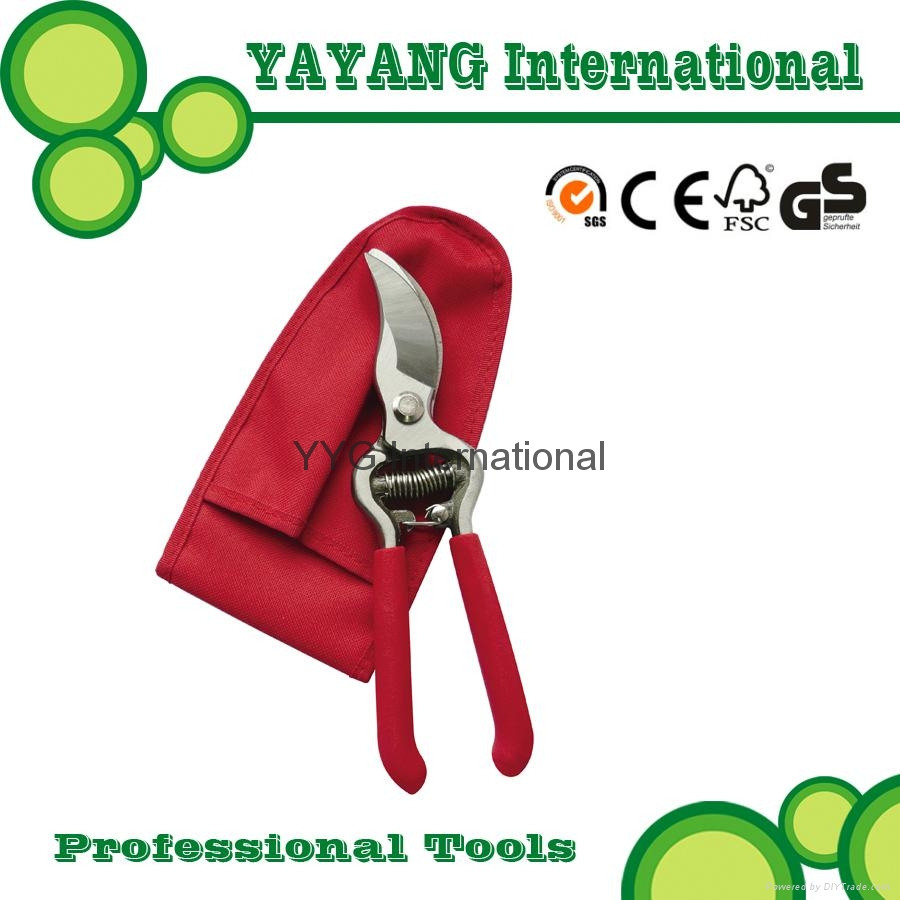 Professional drop forged pruners with pouch