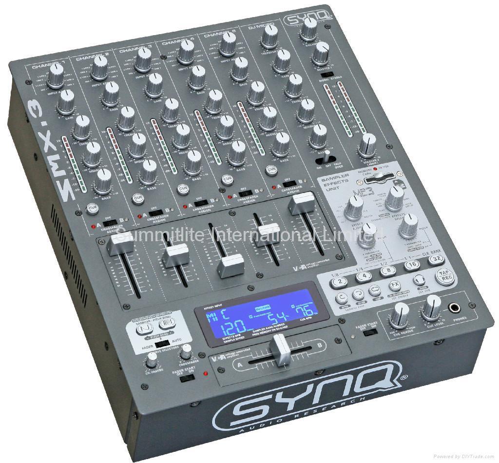 SYNQ DJ mixer SMX-3 1
