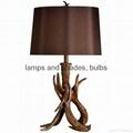 antler polyresin table lamp