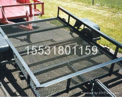 供应不锈钢钢板网 2