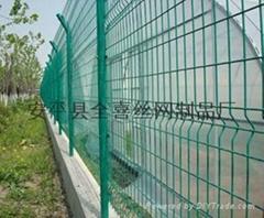 公路护栏网现货供应常规护栏网规格