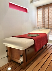 wooden beauty massage bed for sale