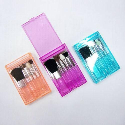 Mini Promotion Makeup Brush Set  1