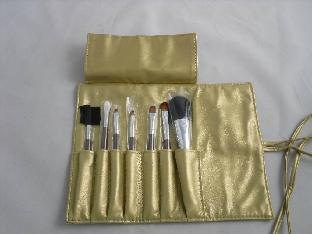 Manufacturers Beginners apply tools 7 pcs Wooden/Plastic handle makeup brush 4