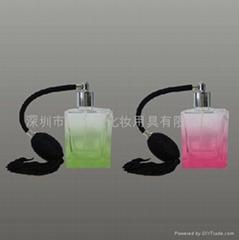 新妍美供应新款精美流苏玻璃喷雾瓶 水晶玻璃瓶