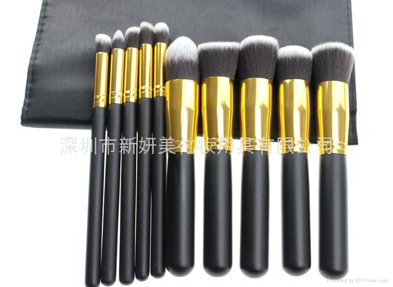 新妍美廠家供應10支化妝刷套裝 高質量多功能粉底刷 3