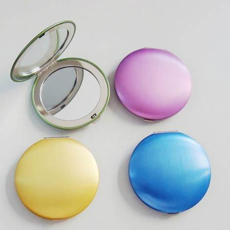 新妍美供应圆形轻便便携款塑胶化妆镜 款式可定制