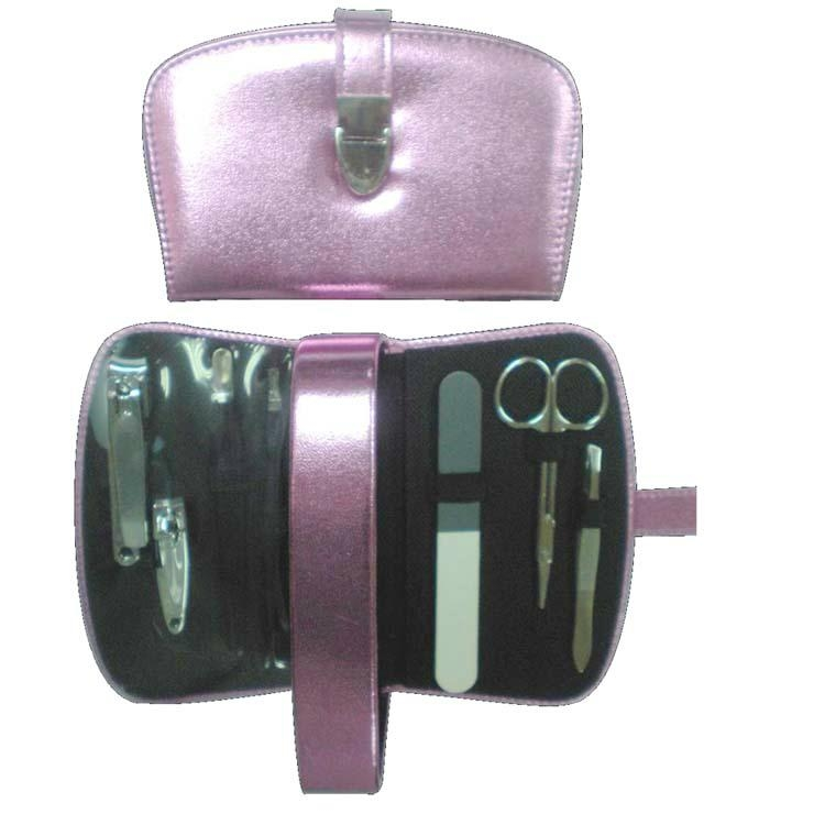 XINYANMEI Supply Promotion Attractive Manicure Set Can OEM/ODM