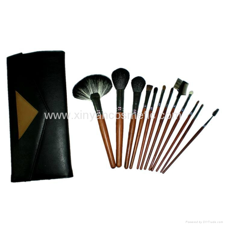 厂家供应12支专业化妆套刷羊毛粉刷黄狼毛眼影刷 PU化妆包 4