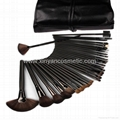 Manufacturer OEM Full set of professional tools 32 makeup brush black