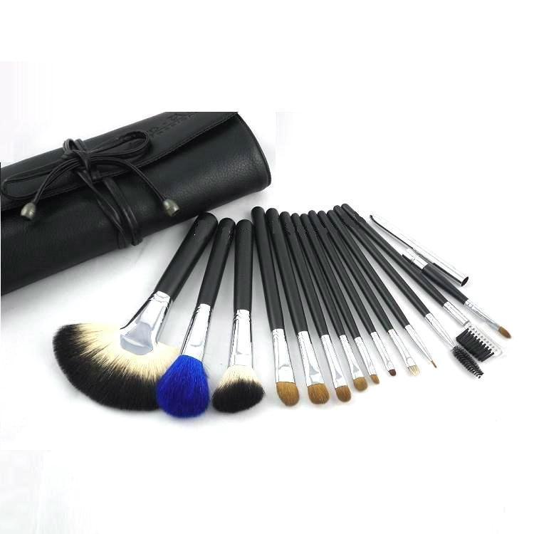 Black wood hand 18PCS Professional Makeup Brush Set Goat hair cosmetic brush set