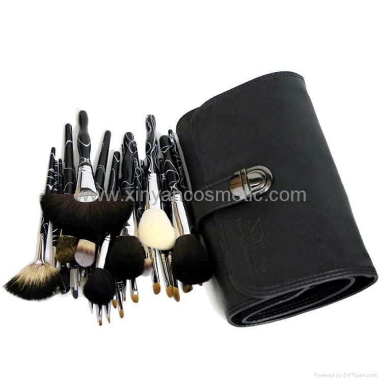 廠家供應高質量動物毛 水貂灰鼠 松鼠黃狼毛化妝套刷美容工具 5