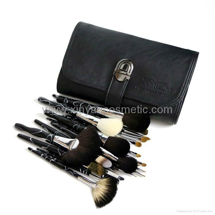 廠家供應高質量動物毛 水貂灰鼠 松鼠黃狼毛化妝套刷美容工具 6
