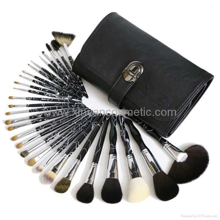 廠家供應高質量動物毛 水貂灰鼠 松鼠黃狼毛化妝套刷美容工具 1