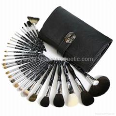 厂家供应高质量动物毛 水貂灰鼠 松鼠黄狼毛化妆套刷美容工具