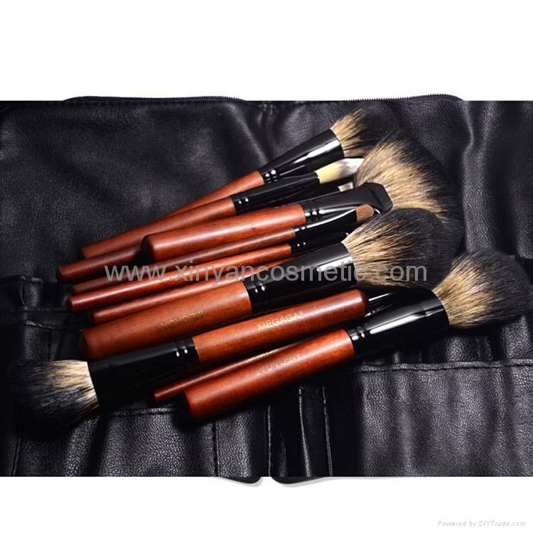 厂家供应12支专业化妆套刷羊毛粉刷黄狼毛眼影刷 PU化妆包 1