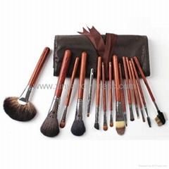 廠家供應專業高檔紅木柄化妝套刷 可定製