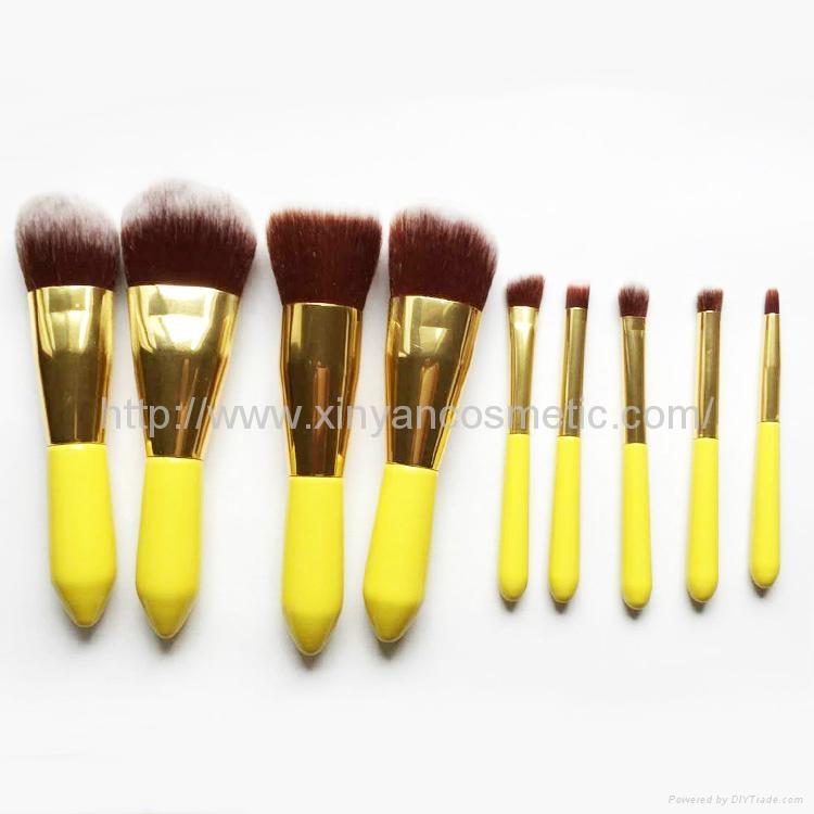 廠家OEM 便攜款可愛黃色9支小蠻腰化妝刷  1