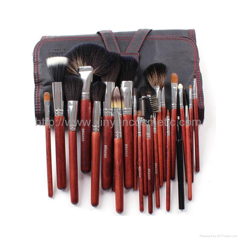厂家定制生产24支黄狼毛羊毛化妆套刷 化妆师彩妆专业动物毛套装 1