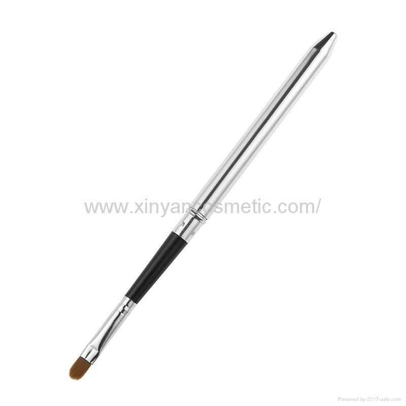 厂家OEM定制银色火箭筒便携款唇刷阿里巴巴批发店铺热销款 2