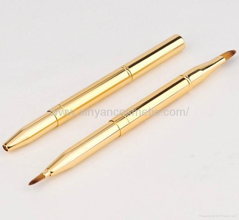 厂家供应便携款金色/银色双头戴帽化妆扫 美妆易携带化妆刷lips 4