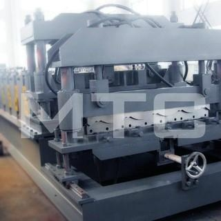 step roofing tile roll forming machine