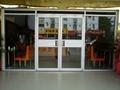 南宁铝型材玻璃门