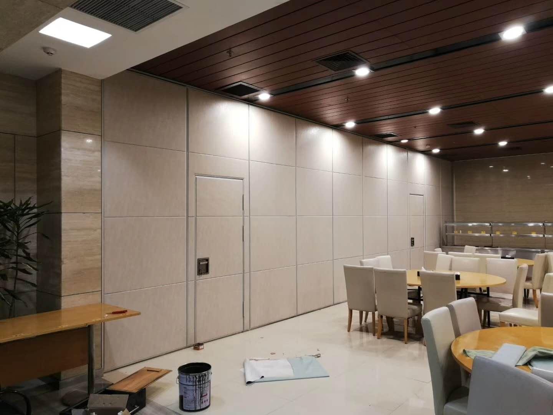 高堂100型酒店可移动折叠屏风 4