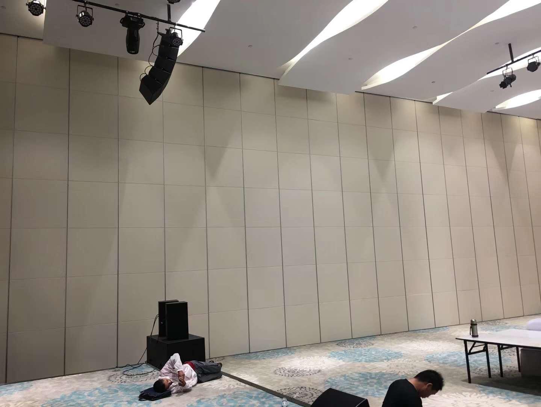 高堂100型酒店可移动折叠屏风 5