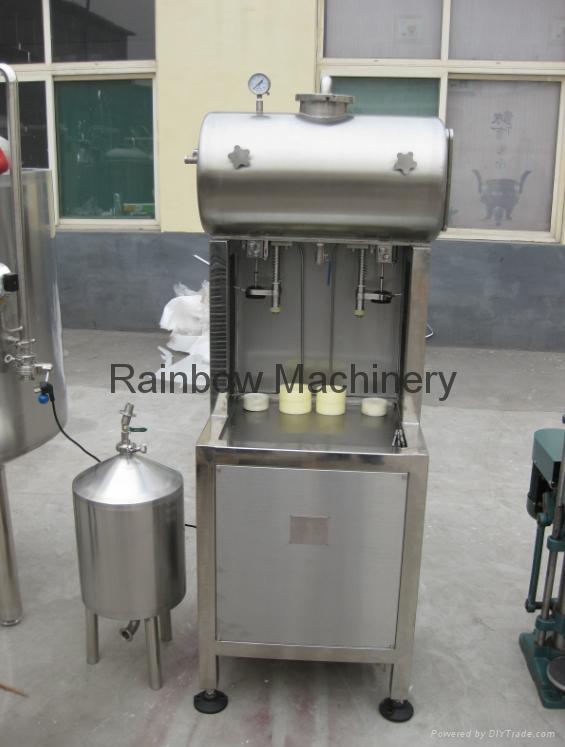 semi-automatic beer bottle filler, capper, labeling machine 1
