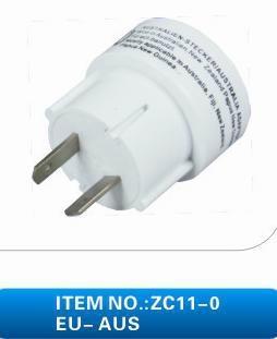 ZC11 全球通轉換插座 4