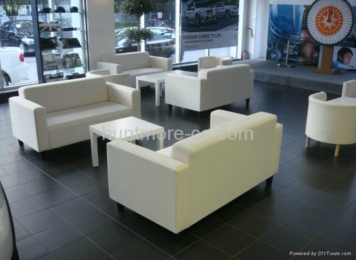 sofa (2-seater)9 4