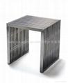 corner table12