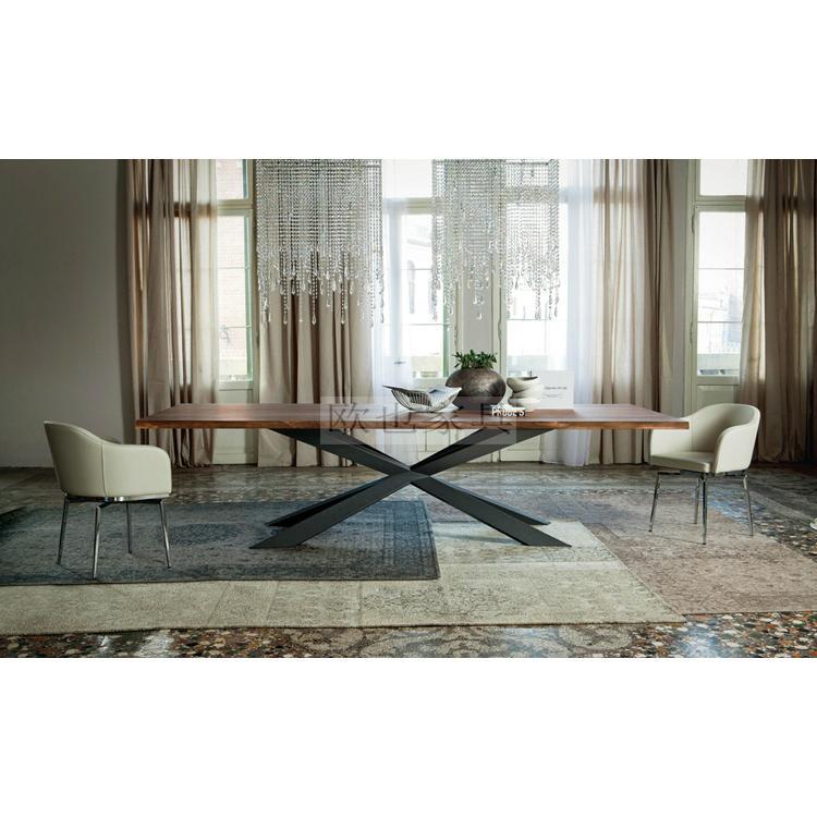 170523-4餐桌