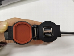 车载USB充电头