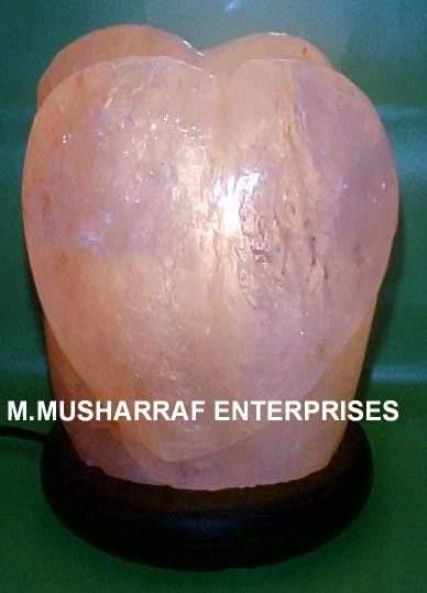 HIMALAYAN SALT HEART LAMP 1