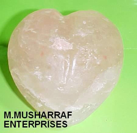 HIMALAYAN ROCK SALT BATH HEART SOAP 2