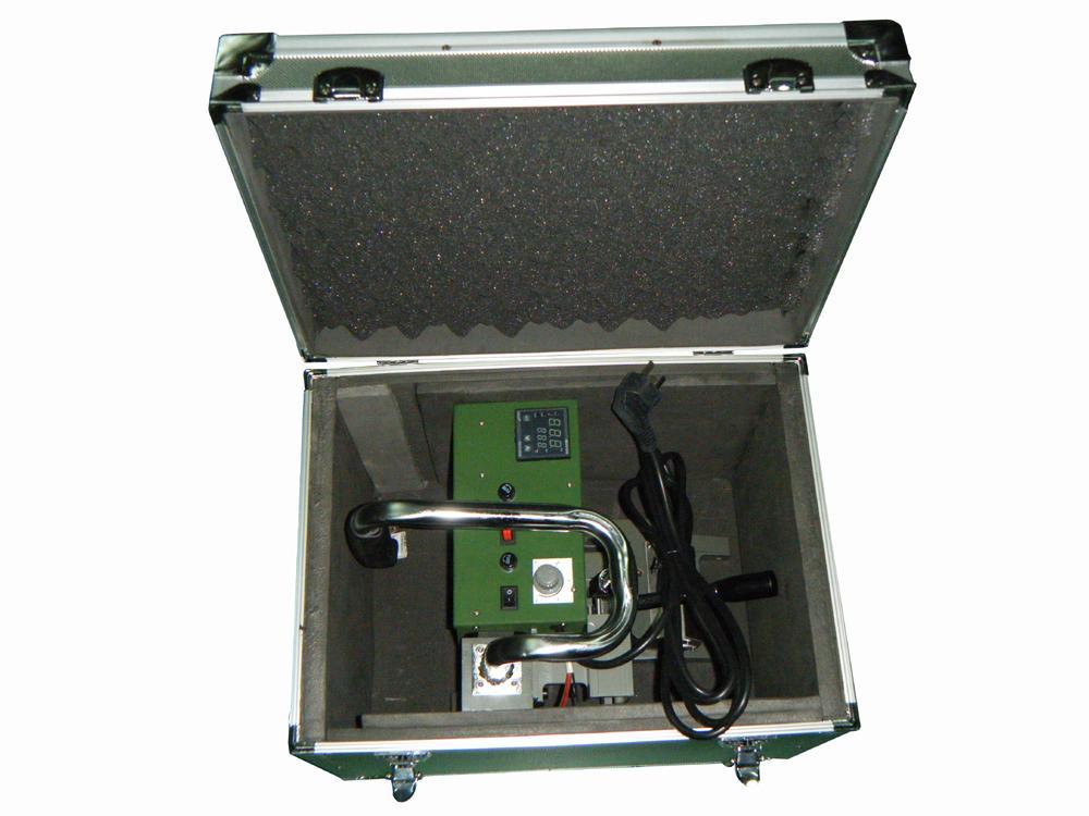 自動1800W工業瀝青膜土工膜熱風無縫拼接機 5