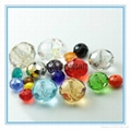 Faceted glass rondelle beads