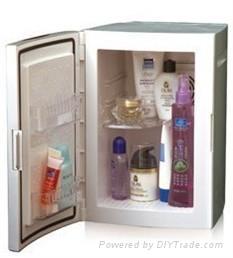 Joyikey Cosmetic mini fridge with 8 to 18 degree Celsius 1