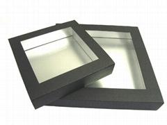 Folded box, sleeve w/win