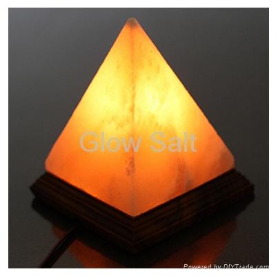Pyramid Salt Lamp 1