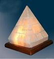 Pyramid cut 3 salt lamp