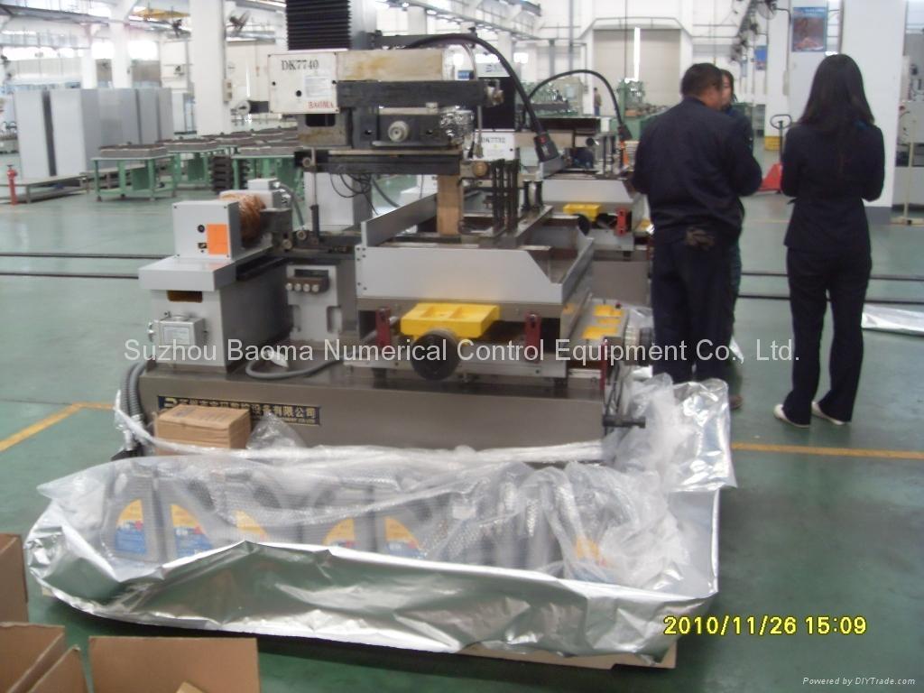 BM500 series Servo Control CNC Molybdenum Wire EDM Cutting Machine 3