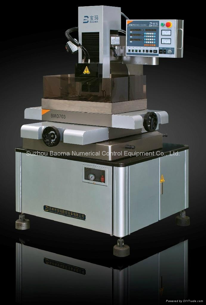 BMD703 精细型小孔加工机 1