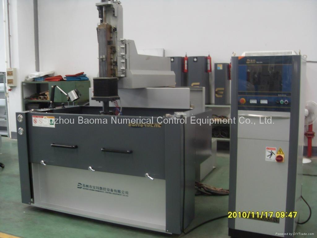 EDMN3010CNC雙立柱CE全數控牛頭式交流伺服成型機 1