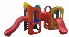 幼儿园滑梯