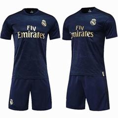 足球運動服