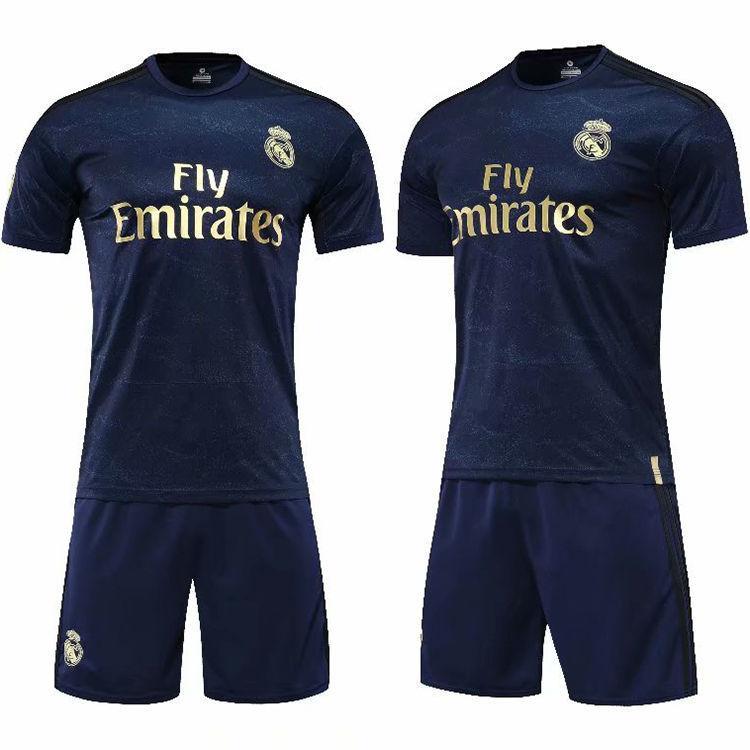 足球運動服 10