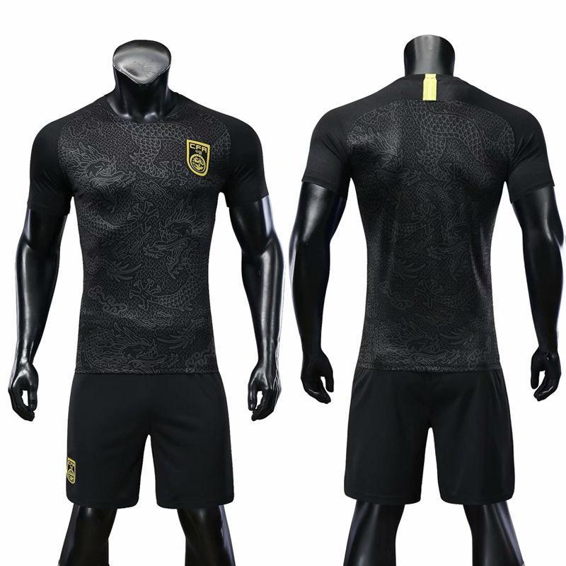 足球運動服 12